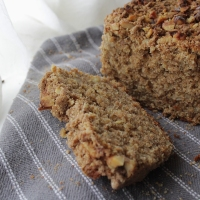 Spelt Banana Bread with Walnut Crumble