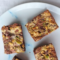 Tahini & Pistachio Brownies
